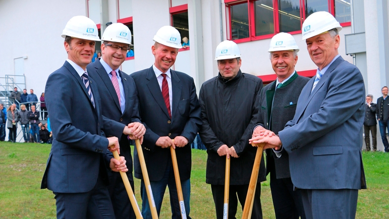 Ground-breaking ceremony for the new building at Endress+Hauser Wetzer in Nesselwang